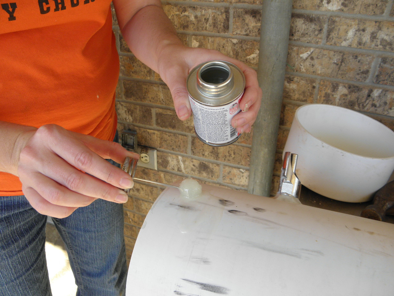 Making a hog waterer from pvc pipe the of home