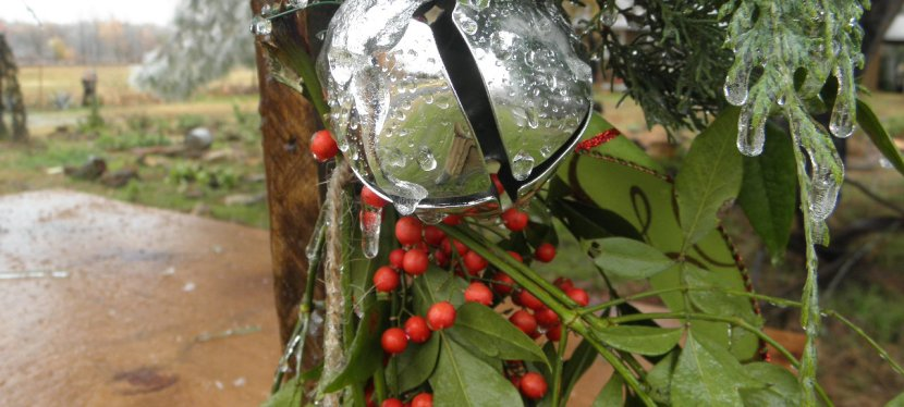 Simple Beauty- Christmas Decorating on the Farm