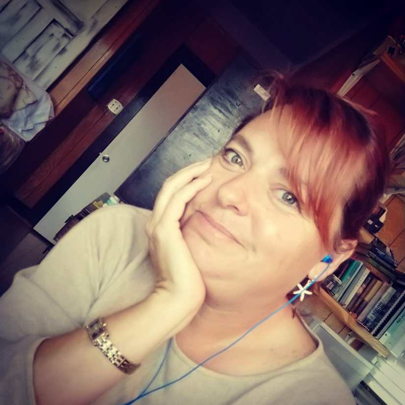 Holly K. Ross- writer, author, writer, content creation, web design.  Herb gardener and romance writer